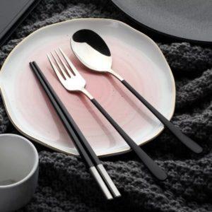VPGO0002 – Classic Black Cutlery Set